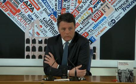 Renzi. Governo incompetente ci ha portato in recessione. Salvini? Influencer fallito