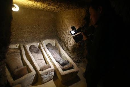 In Egitto scoperto un sito con 40 mummie