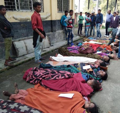 India, 50 morti per liquore adulterato
