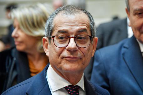 Tria accusa la Germania: su bail-in Saccomanni fu ricattato. Poi ritratta
