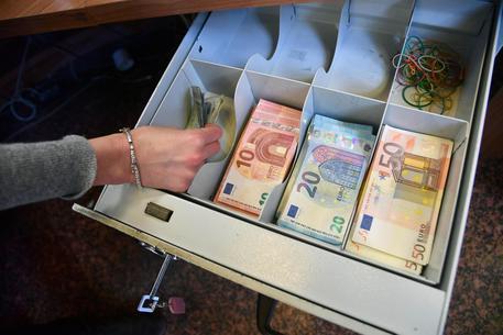 Limite per i pagamenti in contanti in vigore dal 1 luglio