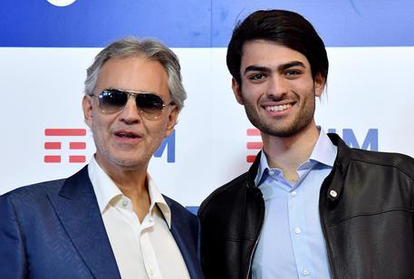 Matteo, il bello di casa Bocelli, star a Sanremo