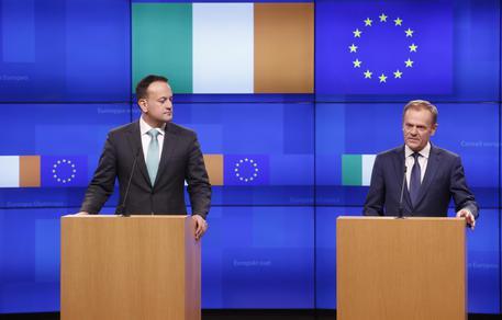Una Brexit imbalsamata dopo l'incontro tra May e Juncker
