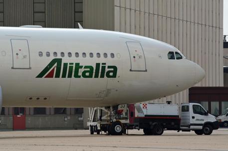 Un aereo Alitalia © ANSA
