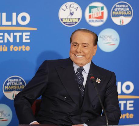 Lega Nord: raccolta firme a sostegno di Salvini