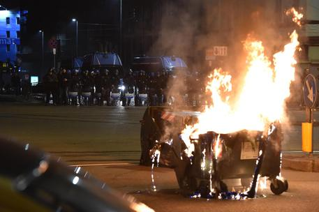 Clashes between anarchists and Police in Turin © ANSA
