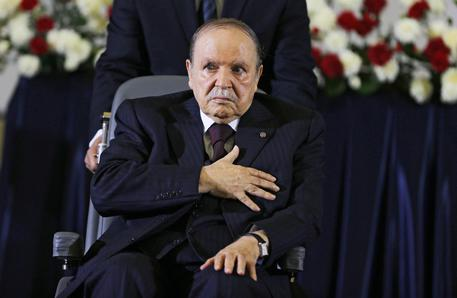 Presidente algerino Bouteflika annuncia le dimissioni