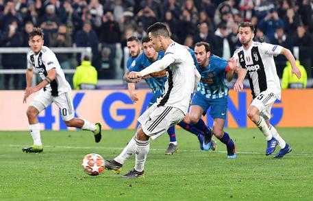 Ronaldo: Notte magica, io qui per questo 18e186cb0f369a65c80a62395709ddc1