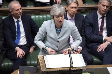 Brexit: May all'angolo ma non cede, Parlamento prende controllo