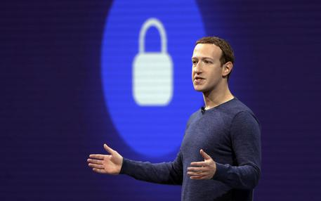 Facebook riceve la multa più alta del mondo web per Cambridge Analytica
