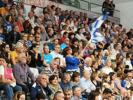 Dinamo ipoteca semifinali play off