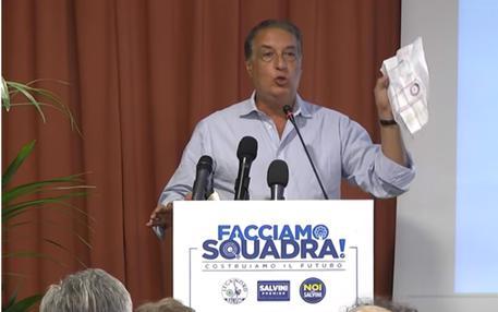 Arrestato il leghista Arata accusato di corruzione e riciclaggio $