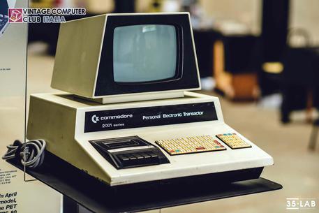Da Apple a Commodore, a Roma tutti i computer vintage