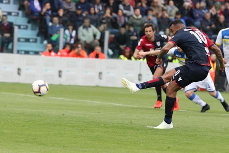Calcio: Cagliari-Frosinone 1-0