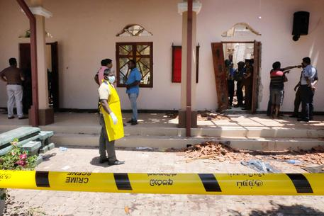 Attentati in Sri Lanka: 290 morti e 500 feriti