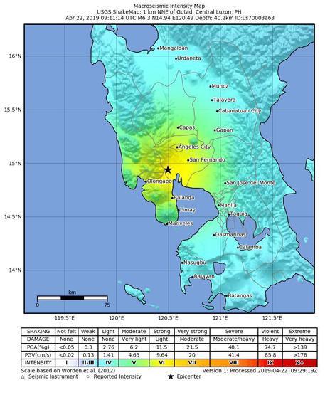 Terremoto nelle Filippine: crollano 2 palazzi, 5 morti