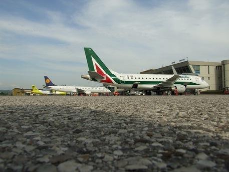 Alitalia volerà su Olbia senza contributi dal 17 aprile