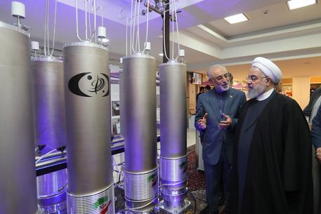 Iran: stop parziale all'accordo sul nucleare