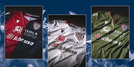 Calcio: Cagliari,svelate le nuove maglie