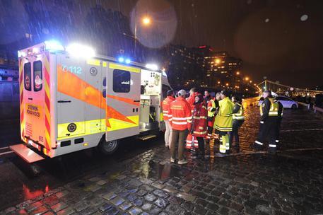 Un battello si è rovesciato nel Danubio e sono morte 7 persone