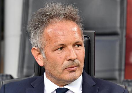 Bologna, ufficiale: Sinisa Mihajlovic ha rinnovato il contratto fino al 2022