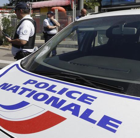 Agente dei servizi segreti italiani trovato morto a Parigi