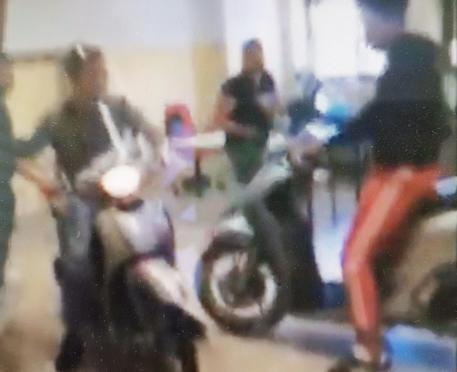In classe con gli scooter: due denunciati a Catania$