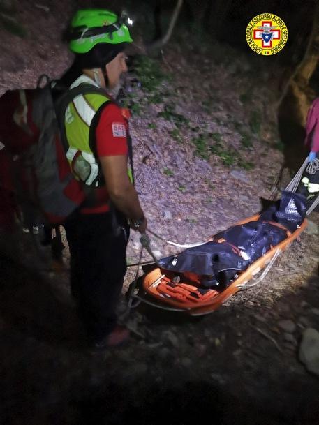 Uomo si perde in bosco nel Bolognese e cade in dirupo, morto © ANSA