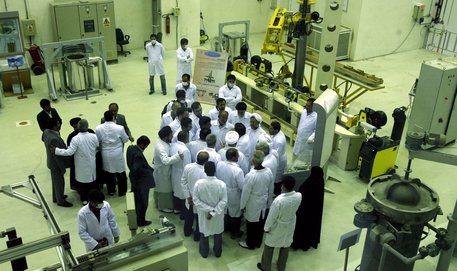 Iran vicino a superare limiti di uranio