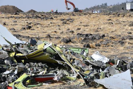 Boeing si scusa per vittime del 737 Max