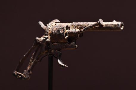 Van Gogh, venduta all'asta la pistola con cui si tolse la vita