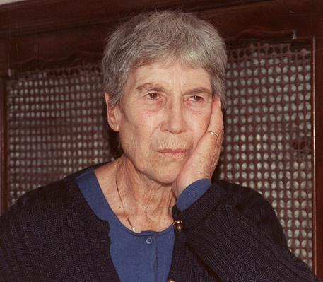 La scrittrice Natalia Ginzburg in un'immagine di archivio © ANSA