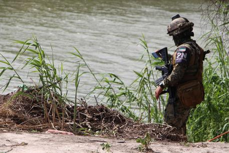 Migranti: Usa, trovati morti una donna e tre bambini