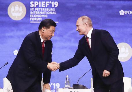 RUSSIA-CINA Xi Jinping: Putin è il mio 'migliore amico'