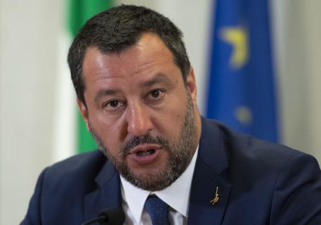 ROMA: Neonazisti fermati a Forlì, Salvini