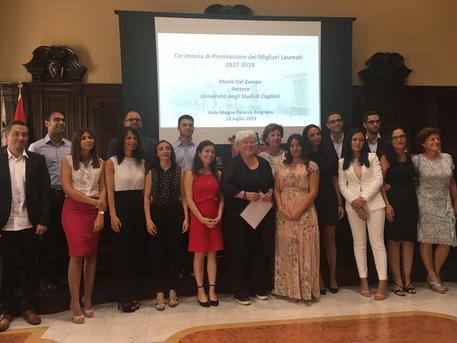 Università Cagliari,premiati 16 laureati