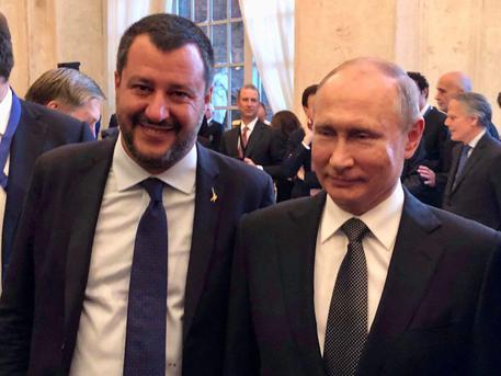 BuzzFeed diffonde l'audio sulla trattativa Salvini - Mosca