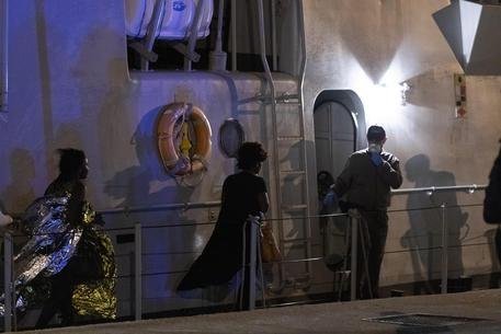 Migranti, nuovo sbarco in Sicilia: arrivano in 57