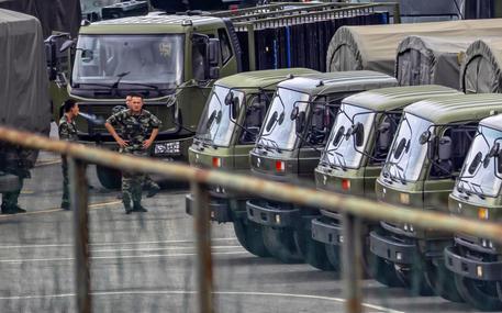 Hong Kong: decine di migliaia di manifestanti di nuovo in piazza