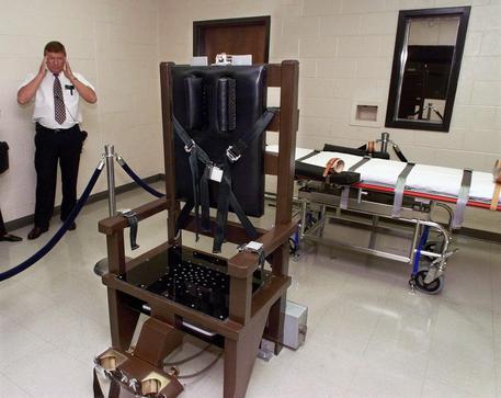 Tennessee, eseguita una condanna a morte con la sedia elettrica