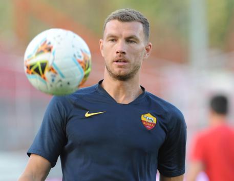 Calciomercato Roma, Edin Dzeko ha rinnovato!