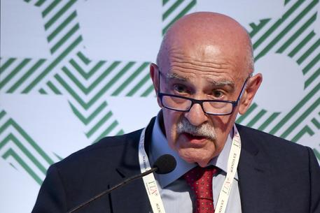 Def. Istat: evasione alta mina crescita, Iva l'imposta più evasa