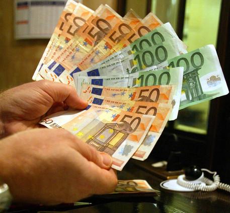 Ocse: cresce reddito famiglie ma Italia è Cenerentola