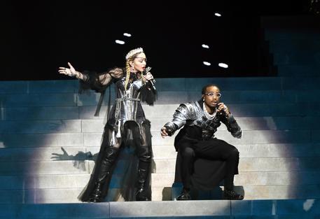 Madonna rinvia tour Madame X