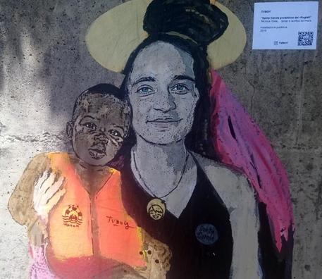 Taormina, leghista oscura graffito di Carola