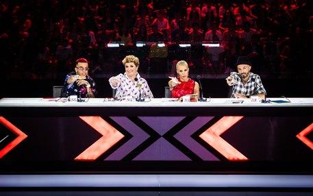 X-Factor 2019: Carote, Carote di Nuela fa impazzire i social