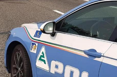 Una volante della polizia © ANSA