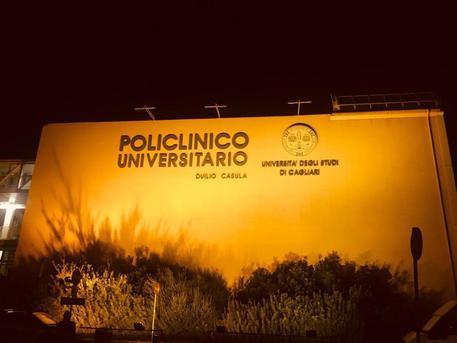 San Giovanni e Policlinico s'illuminano di arancione