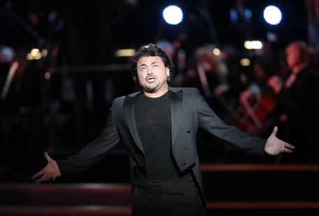 Vittorio Grigolo sospeso dalla Royal Opera House: