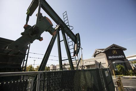 Petrolio, accordo Opec+ su taglio produzione 9,7 mln barili al giorno